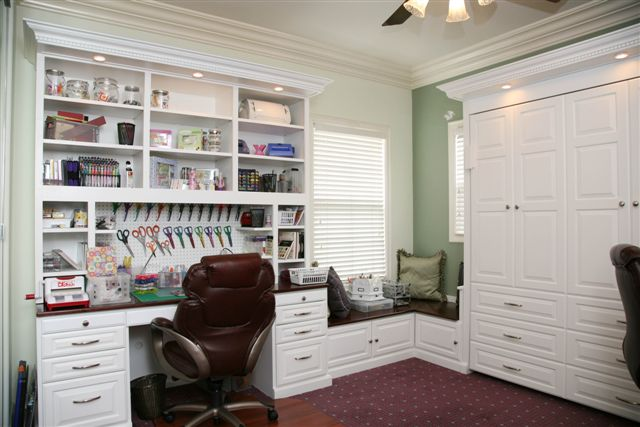 Craft Room Built Ins 640 x 427